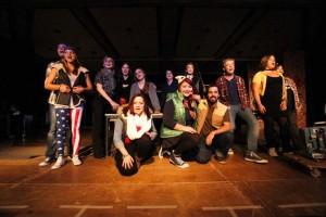"""""""Finale"""" - Das Musical Ensemble Erft zeigt """"RENT"""". Foto: Bernd Woidtke"""