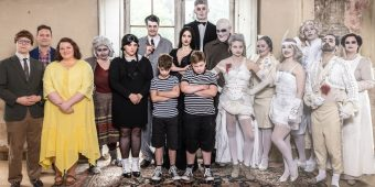 Cast 'The Addams Family' - Musical Ensemble Erft - (c) Dominik Huse Fotografie